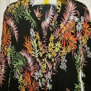 NWT Stitch Fix black print shirt